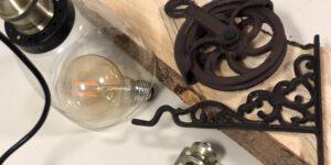 Rustikale Wandlampe aus Holz selber bauen